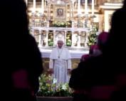 Papież Franciszek podczas spotkania z biskupami w katedrze wawelskiej 27 lipca