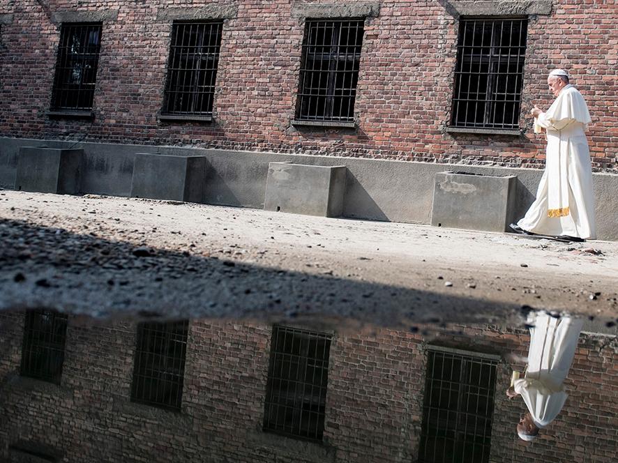 Wizyta papieża Franciszka w obozie Auschwitz I, 29 lipca