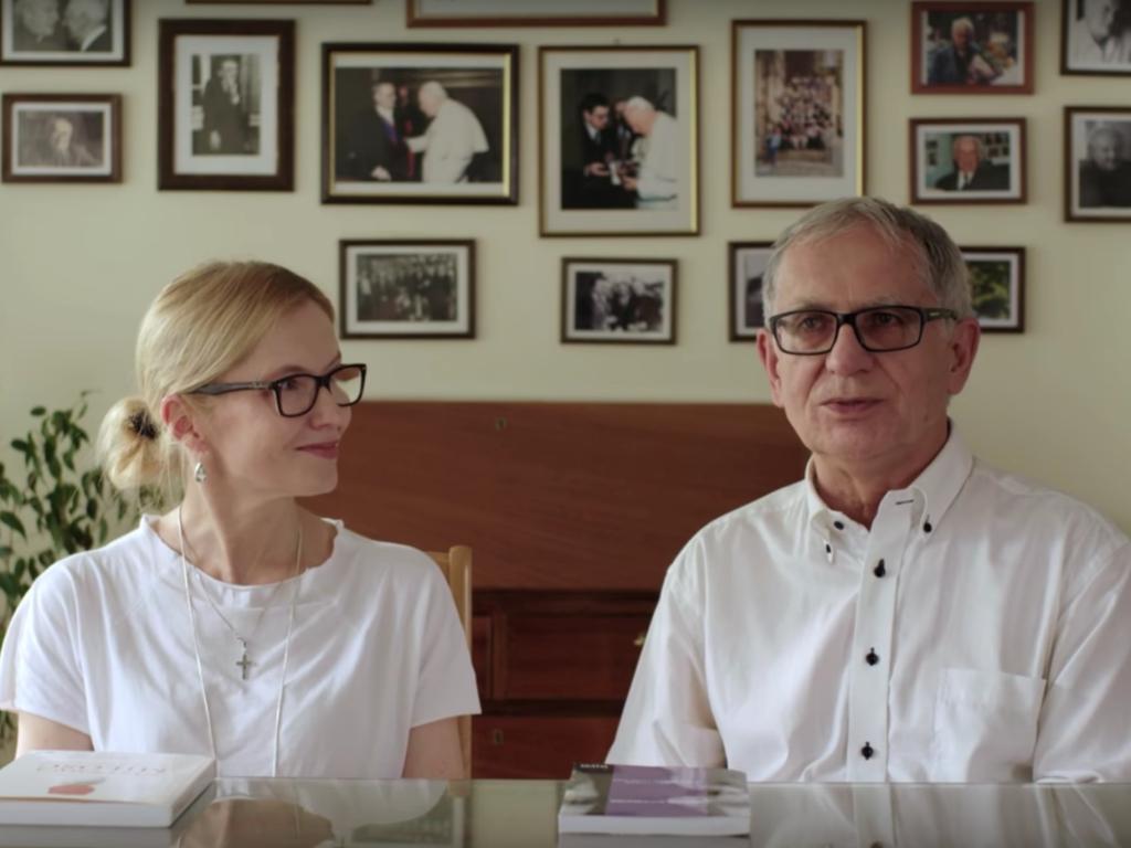 """Redaktorzy """"Więzi"""" Katarzyna Jabłońska i Cezary Gawryś"""
