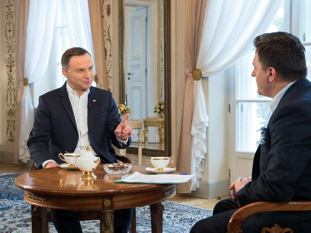"""Prezydent Andrzej Duda w programie """"Kawa na ławę"""" 4 grudnia w TVN24"""