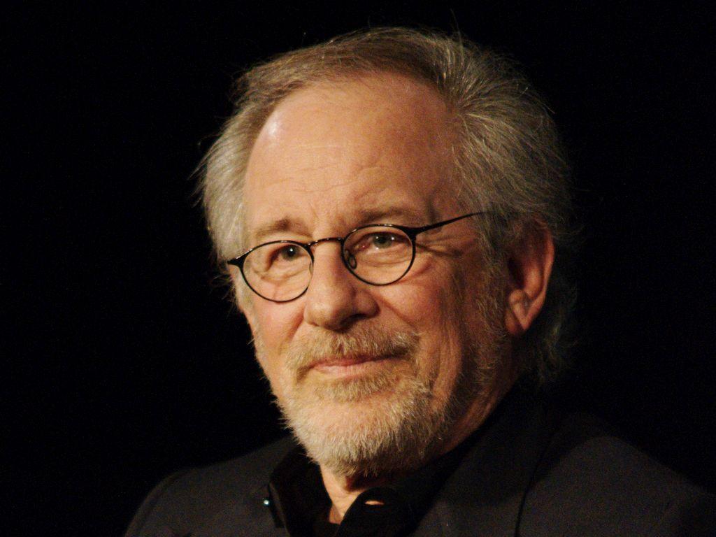 Steven Spielberg Więź