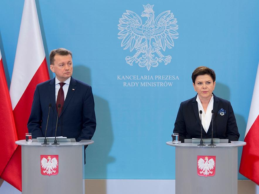 Premier Beata Szydło z Mariuszem Błaszczakiem