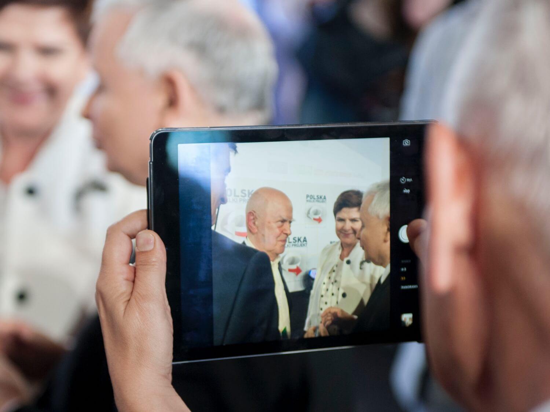Wręczenie Nagrody im. Prezydenta Lecha Kaczyńskiego podczas Kongresu Polska Wielki Projekt. Laureatem nagrody został Jarosław Marek Rymkiewicz