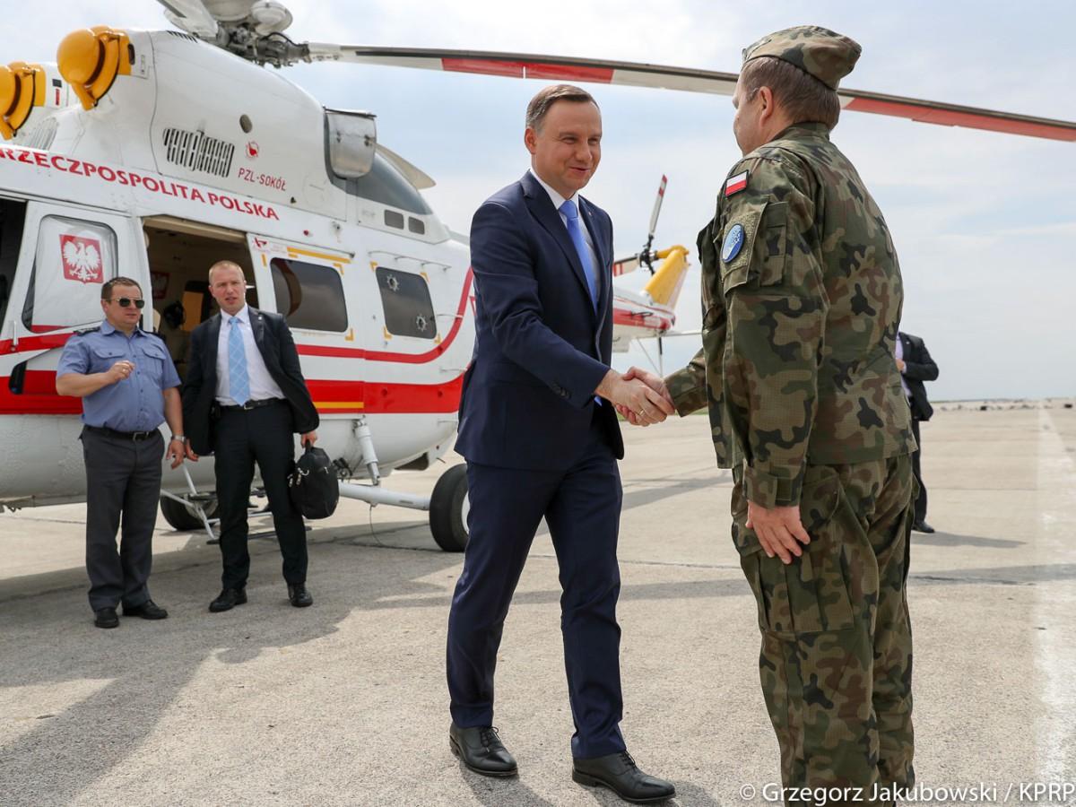 Przylot prezydenta Andrzeja Dudy do Nowego Miasta nad Pilicą