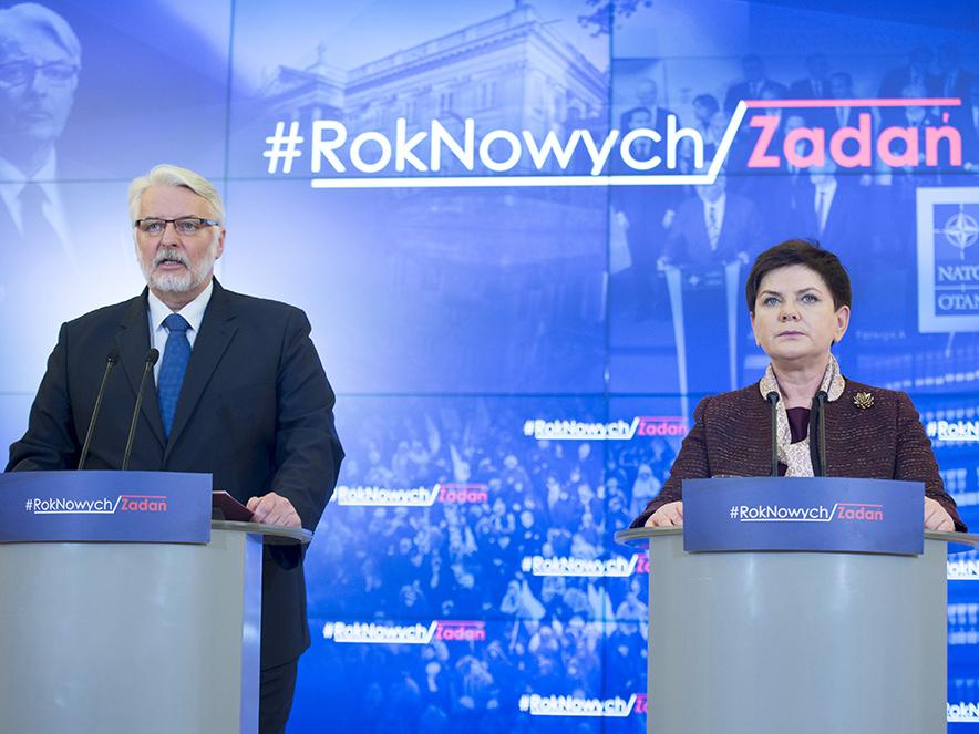 Premier Beata Szydło i minister spraw zagranicznych Witold Waszczykowski