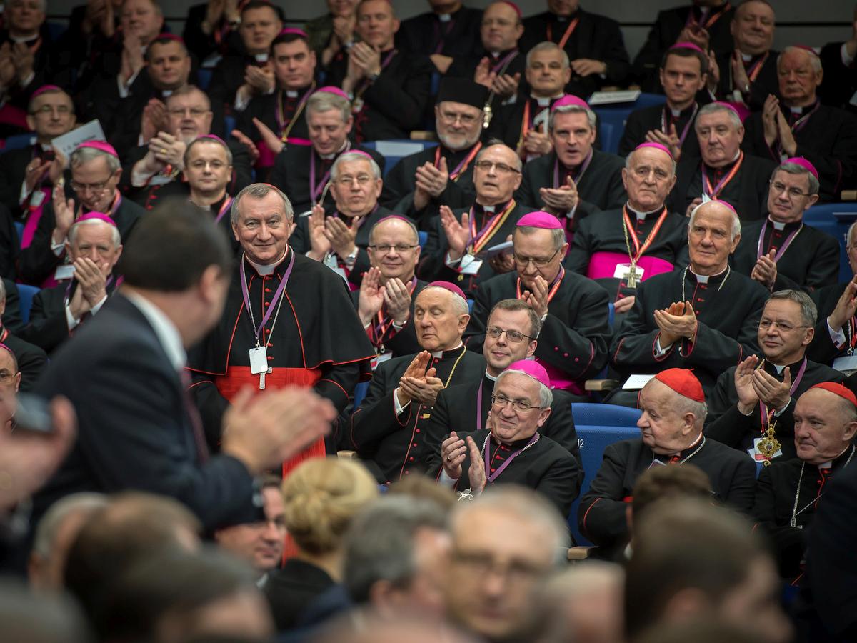 Biskupi, Zgromadzenie Narodowe