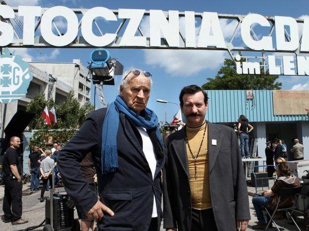 """Janusz Głowacki i Robert Więckiewicz na planie filmu """"Wałęsa. Człowiek z nadziei"""""""