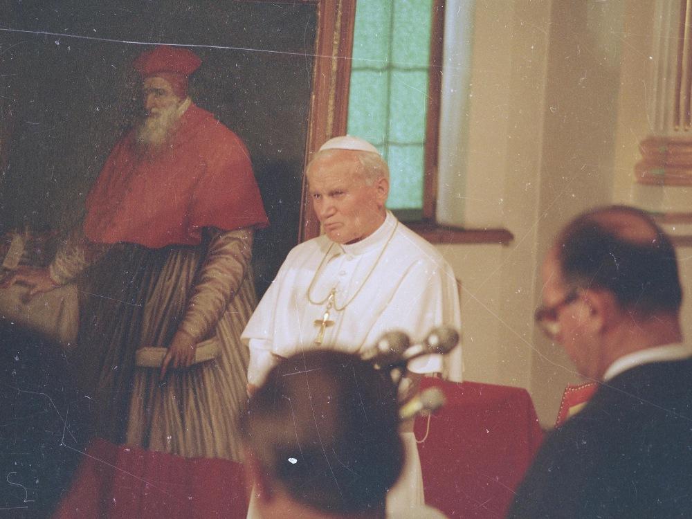Spotkanie papieża Jana Pawła II z władzami PRL
