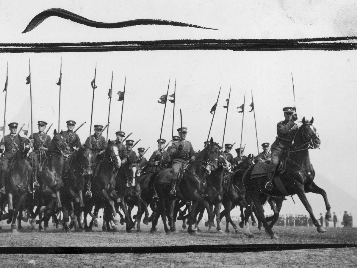Litewska kawaleria w trakcie parady