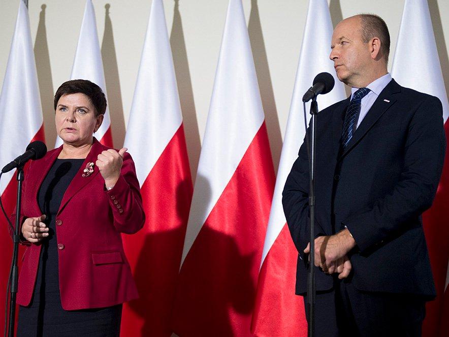 Premier Beata Szydło i minister zdrowia Konstanty Radziwiłł