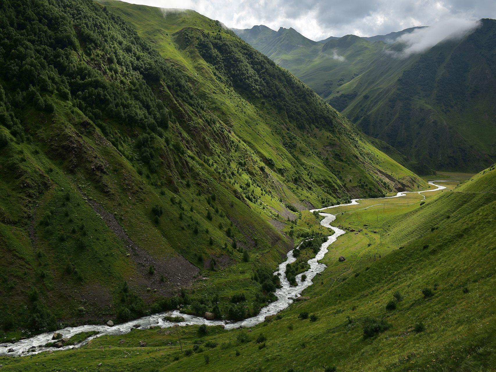 rzeka_Kazbek_Kaukaz_Więź