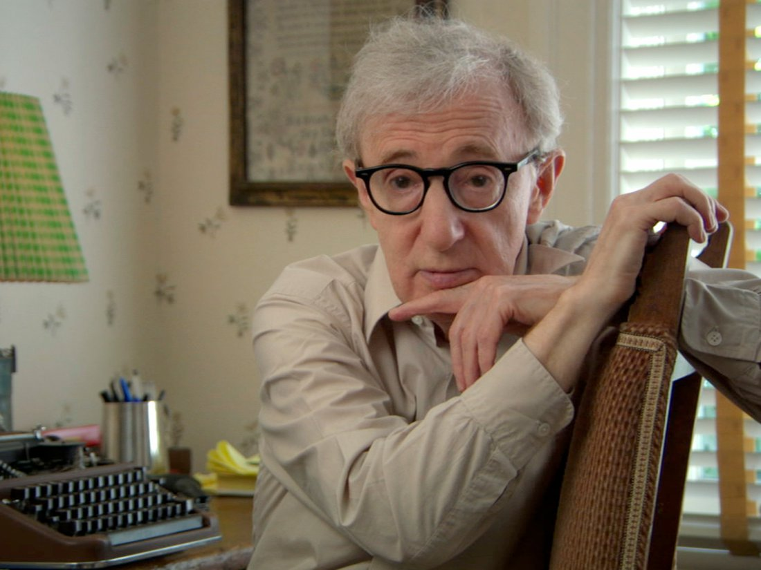 """Kadr z filmu """"Reżyseria: Woody Allen"""""""