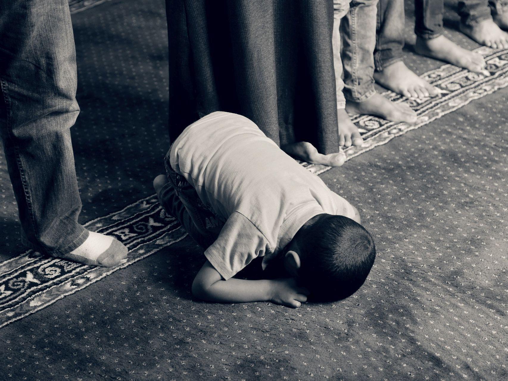 dziecko_muzulmanin_Więź