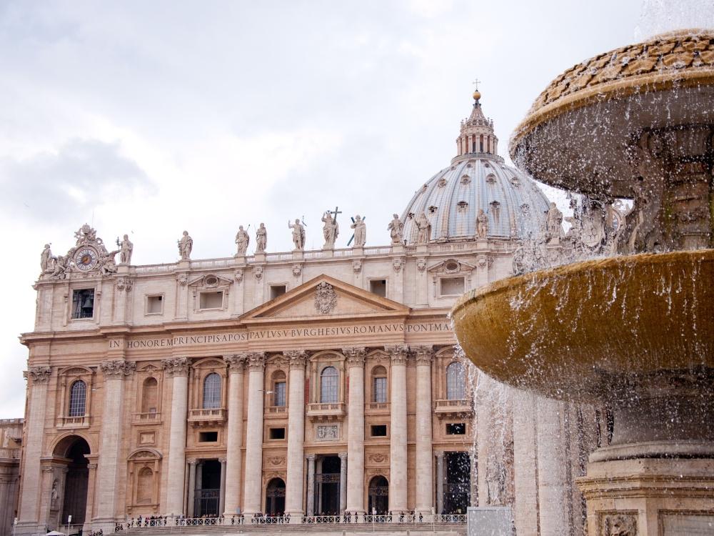 Kandydaci na papieskich dyplomatów spędzą rok na misjach