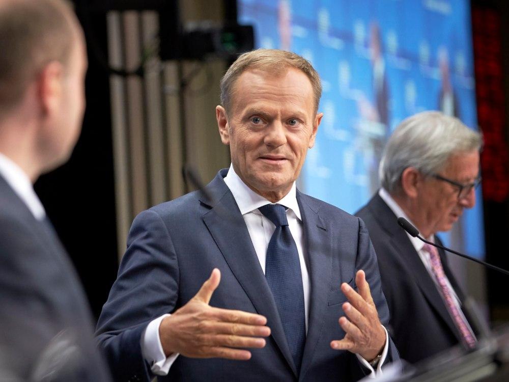 Przewodniczący Rady Europejskiej Donald Tusk i Komisji Europejskiej Jean-Claude Juncker