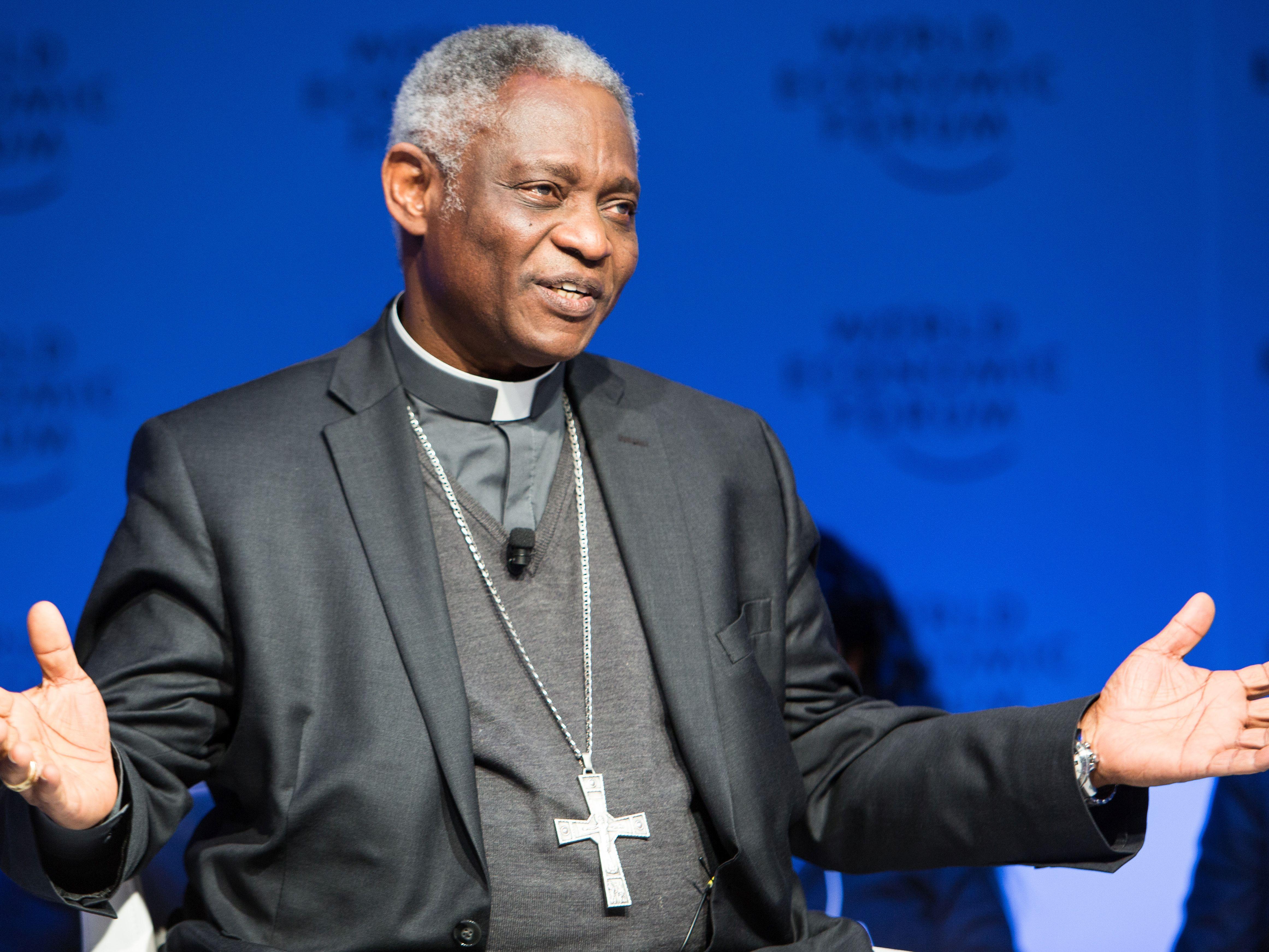 Kard. Turkson podczas Światowego Forum Ekonomicznego w Davos