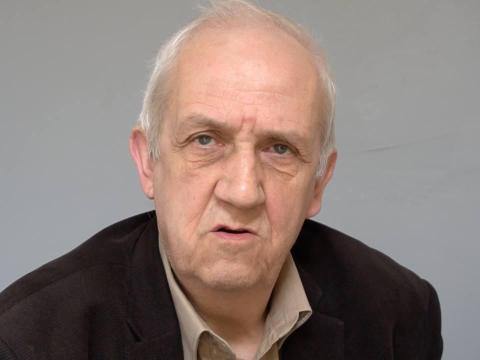 Prof. Friszke: Polityka historyczna PiS-u zmierza do rozbicia narodu