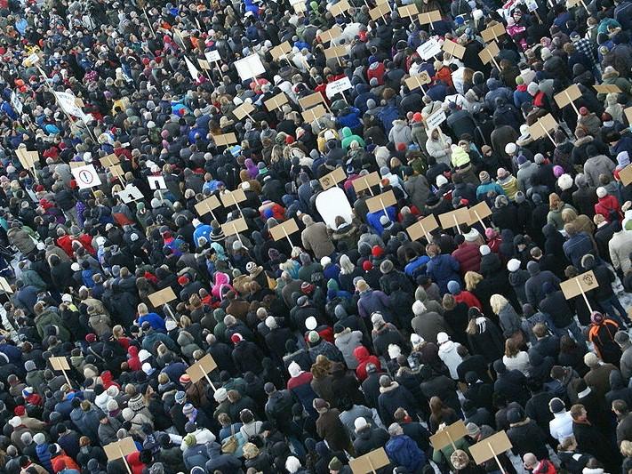 Islandzka demokracja na rozdrożu