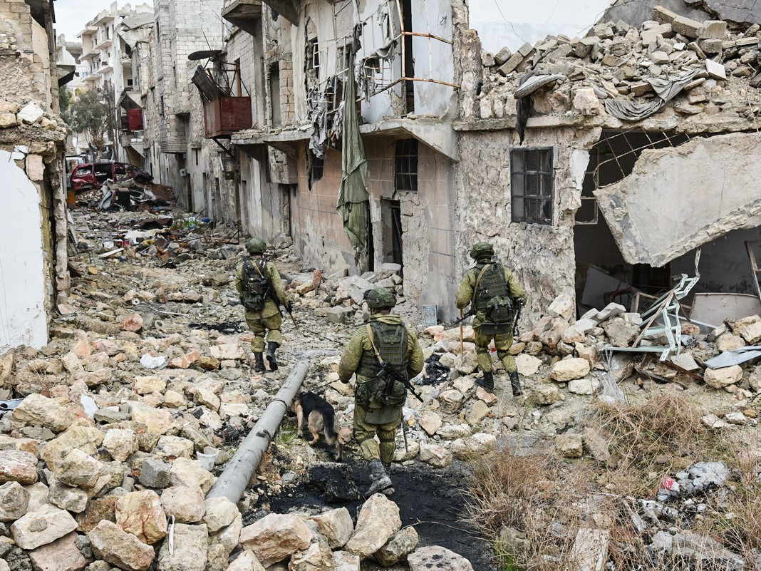 Rosyjscy saperzy w Aleppo. Fot.