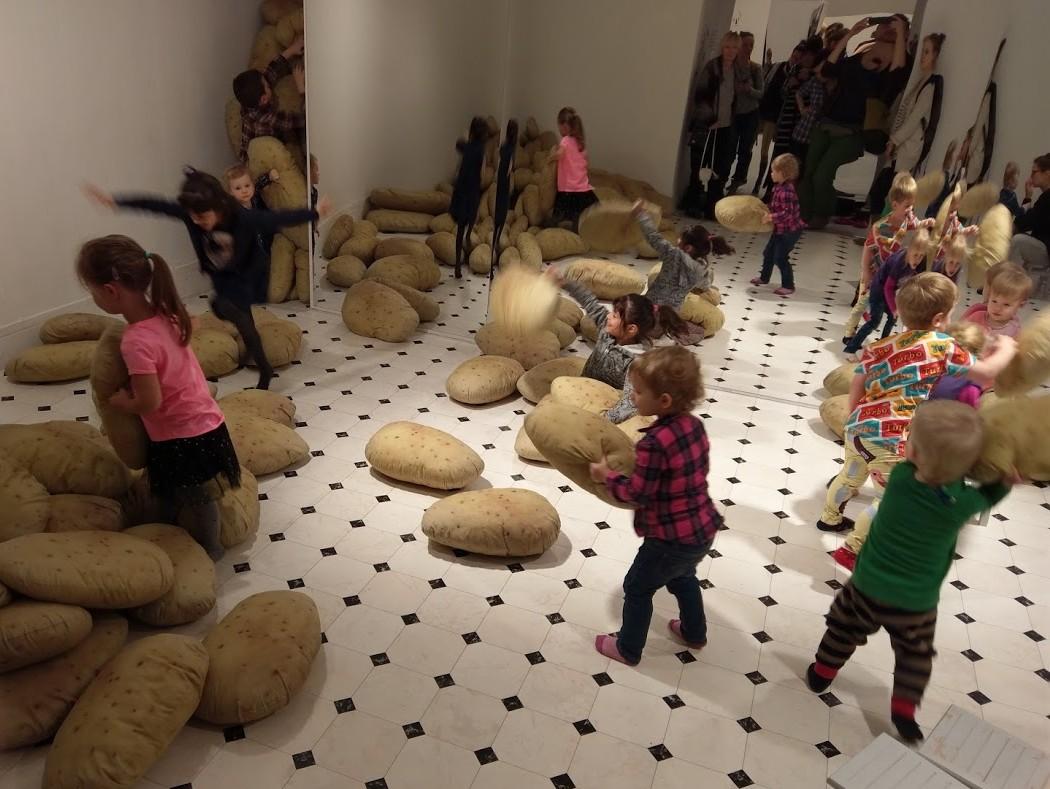 Julita Wójcik, Obieranie ziemniaków
