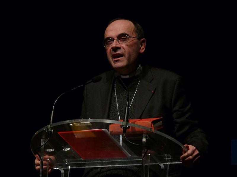 Papież nie przyjął rezygnacji kardynała Barbarina