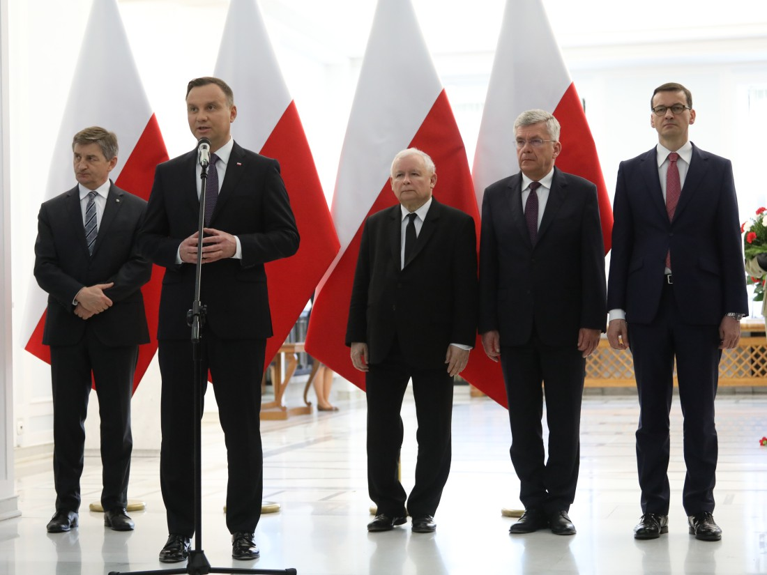 Uroczystość odsłonięcia tablicy upamiętniającej śp. Lecha Kaczyńskiego w Sejmie