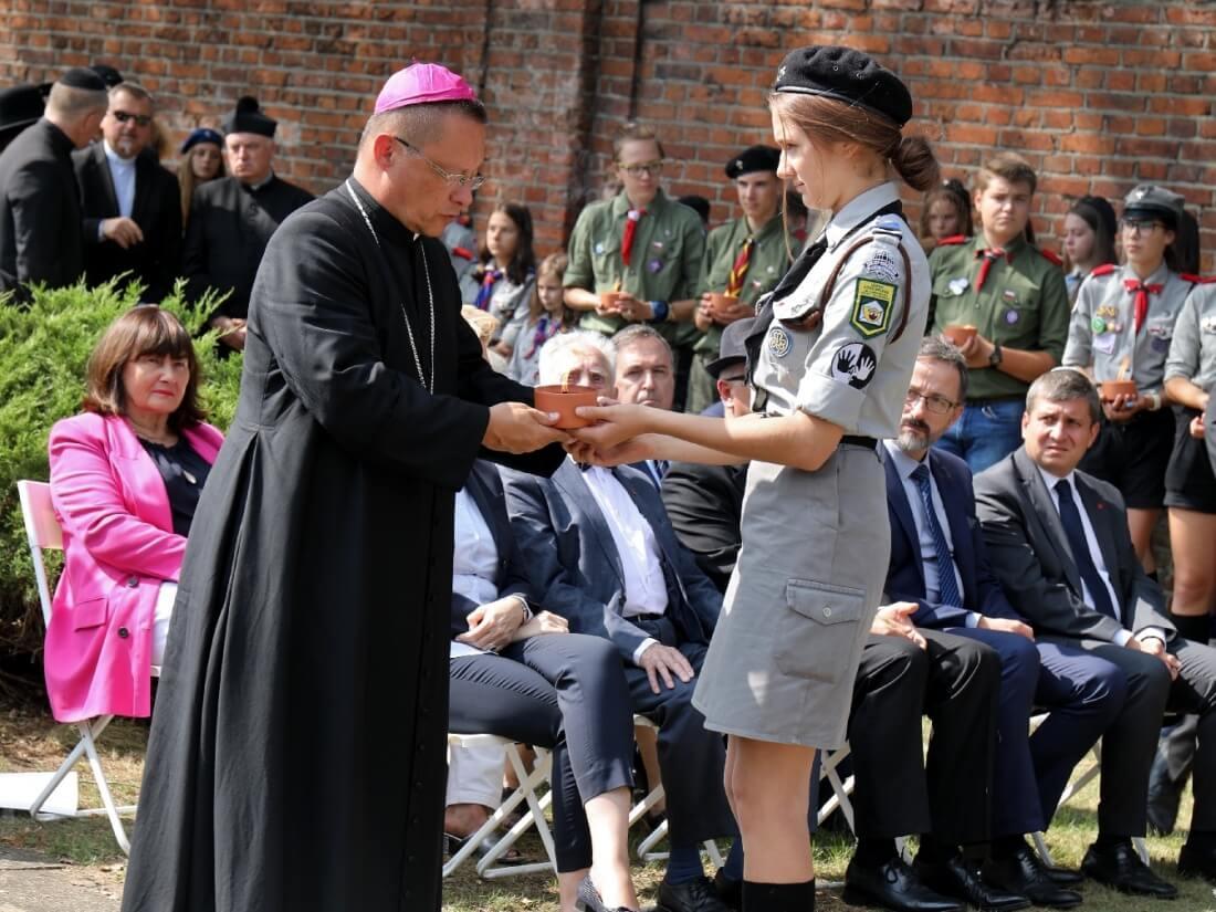 Abp Grzegorz Ryś podczas obchodów 74. rocznicy likwidacji łódzkiego getta (Litzmannstadt Ghetto) 29 sierpnia 2018 r.
