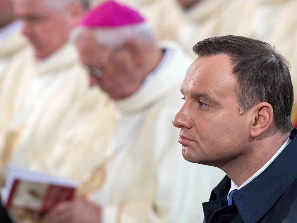 Prezydent Andrzej Duda w katedrze gnieźnieńskiej podczas Mszy św. z okazji 1050-lecia Chrztu Polski