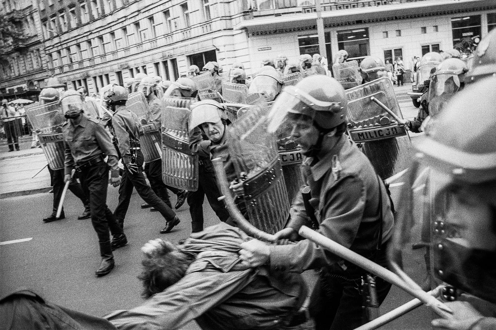 """Demonstracja """"Jaruzelski musi odejść"""""""