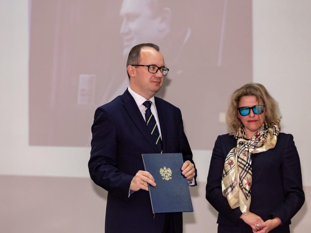 Rzecznik praw obywatelskich Adam Bodnar i dr. Adam Bonar i Justyna Kucińska z Fundacji Instytut Rozwoju Regionalnego