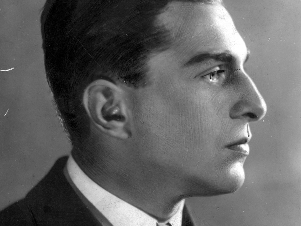 Anatol Stern