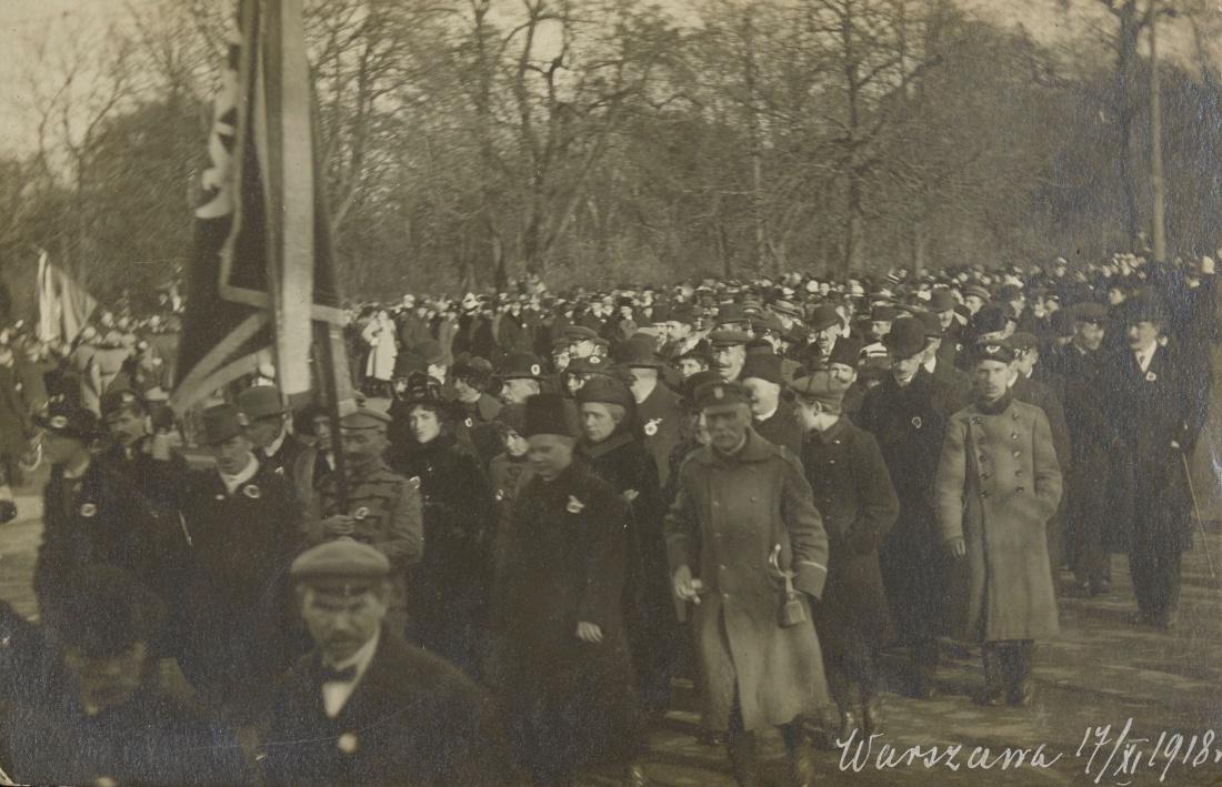 Wielki pochód narodowy w Warszawie 17 listopada 1918 r.