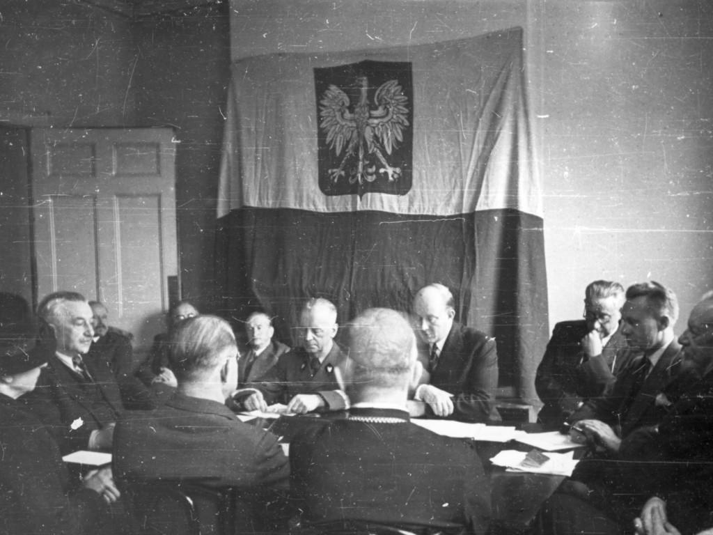 Rada Narodowa RP i rząd
