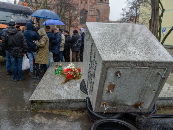 Pomnik prałata Jankowskiego