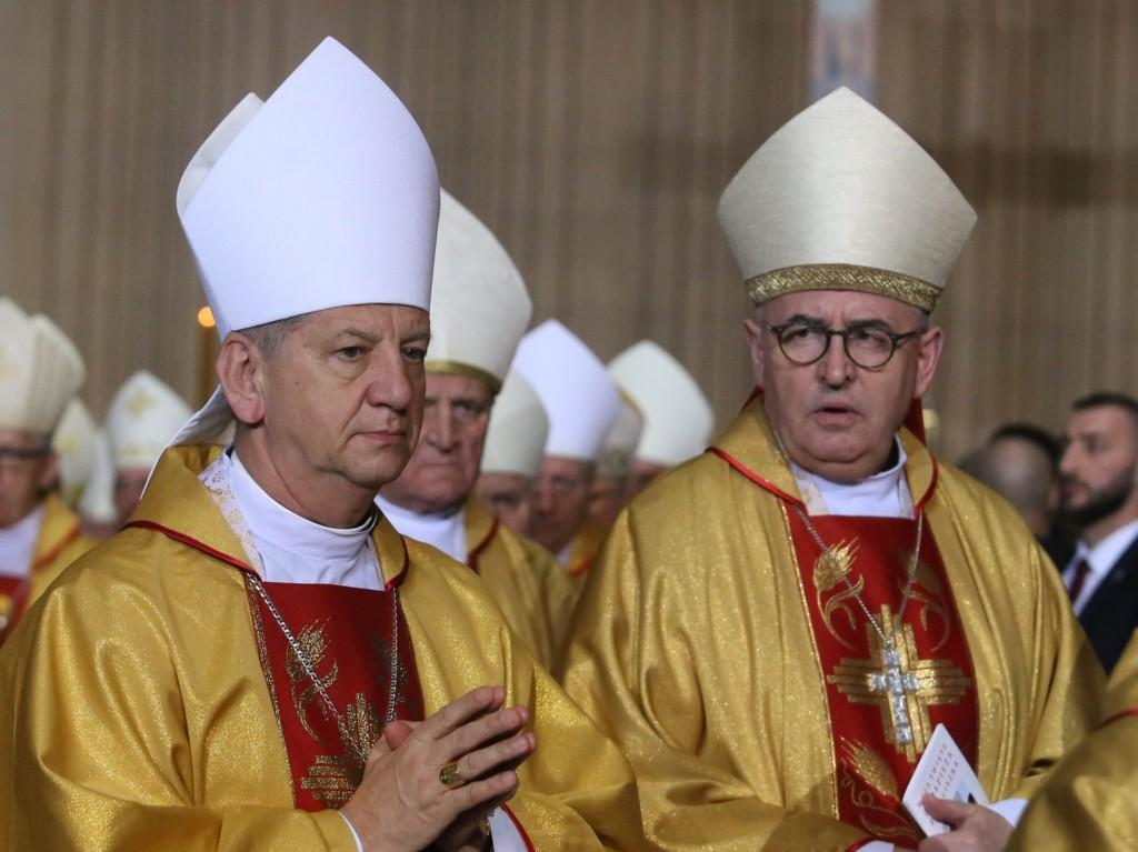 Biskupi Józef Guzdek i Piotr Jarecki