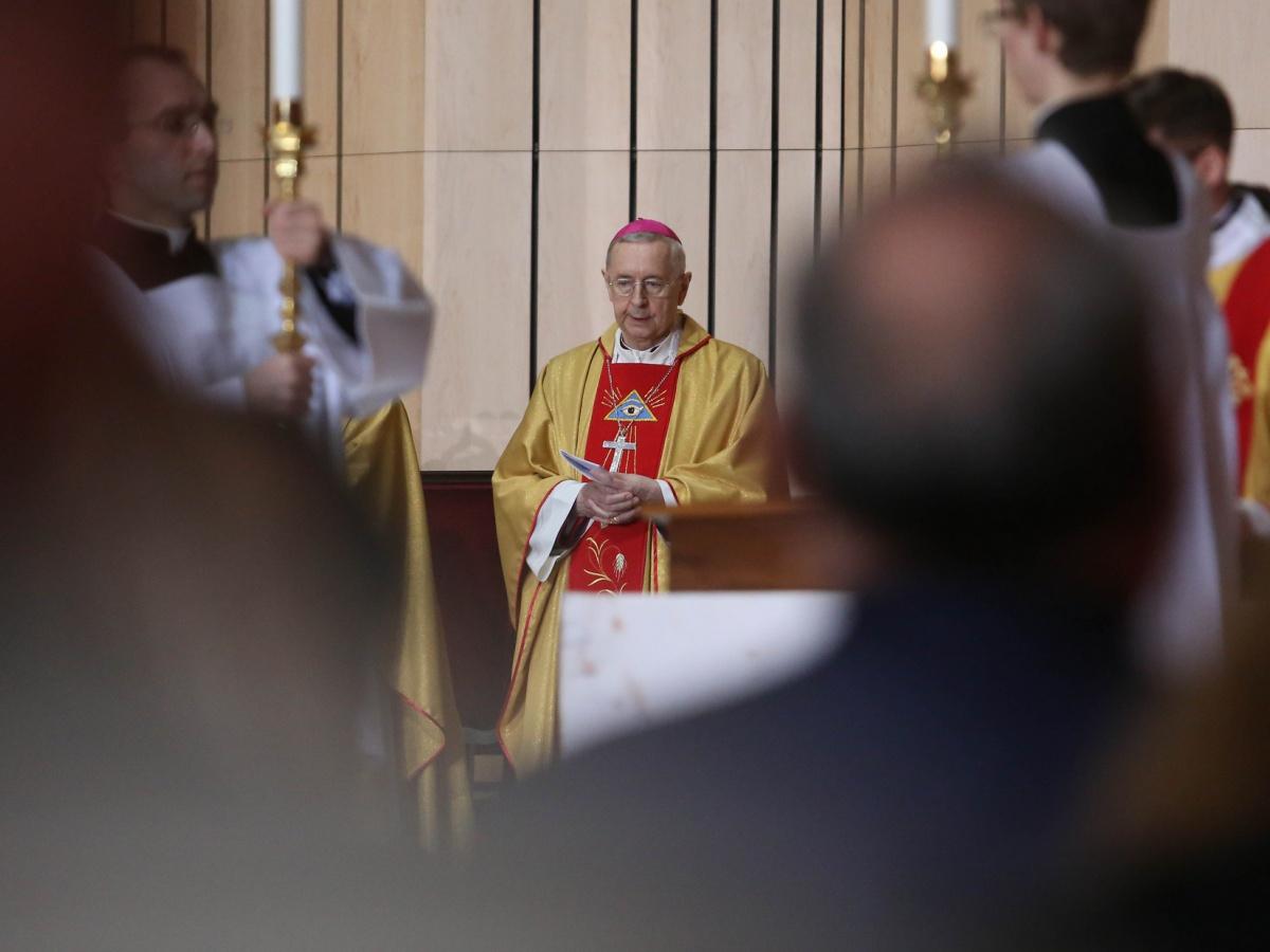 Abp Stanisław Gądecki podczas Mszy Św. w trakcie 382. Zebrania Plenarnego Konferencji Episkopatu Polski