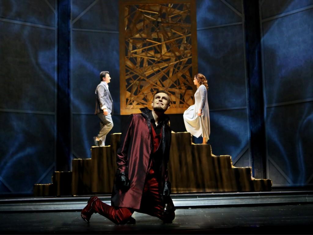 """""""Faust"""", czyli widowisko próżności"""
