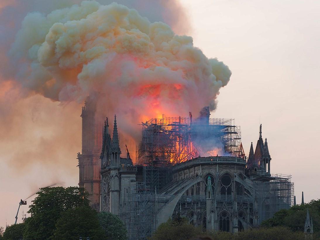 Pożar katedry Notre Dame w Paryżu 15 kwietnia 2019 roku