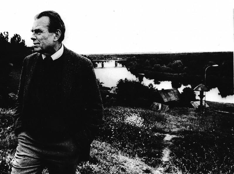 Czesław Miłosz nad Bugiem w 1981 roku