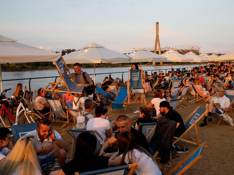 Młode Polki obawiają się katastrofy klimatycznej. Mężczyźni – gender i LGBT