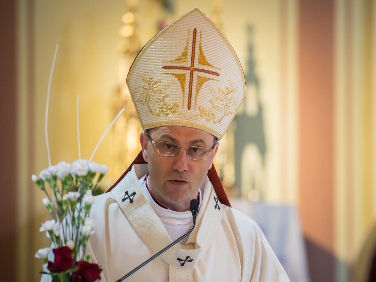 Prymas: Wpłynęło pięć skarg na biskupów w Polsce