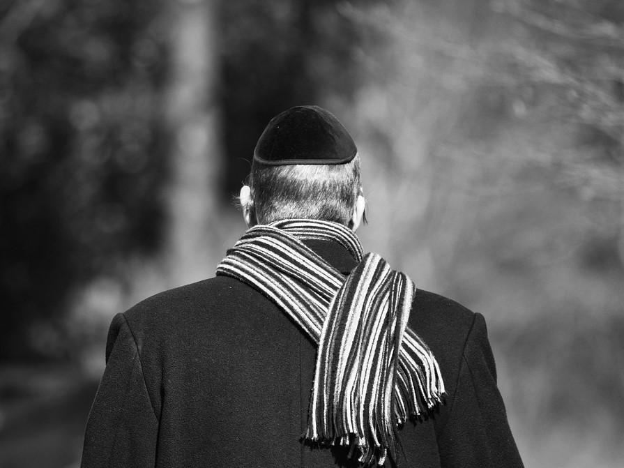 """Dziennik """"La Croix"""" alarmuje: We Francji wzrasta antysemityzm"""