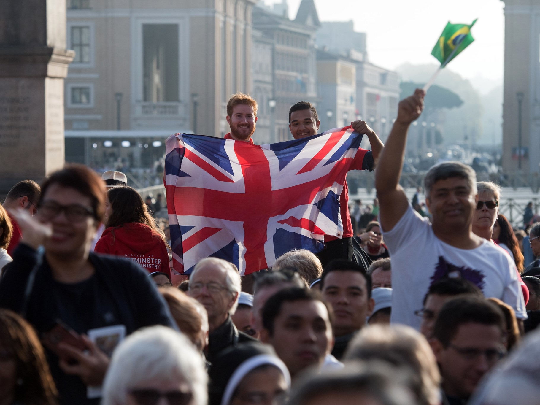 Młodzi Brytyjczycy na kanonizacji kard. Newmana