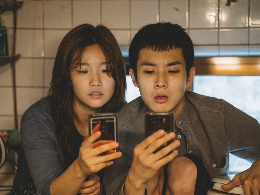 "Kadr z filmu ""Parasite"", reż. Joon-ho Bonga, Korea Południowa 2019"