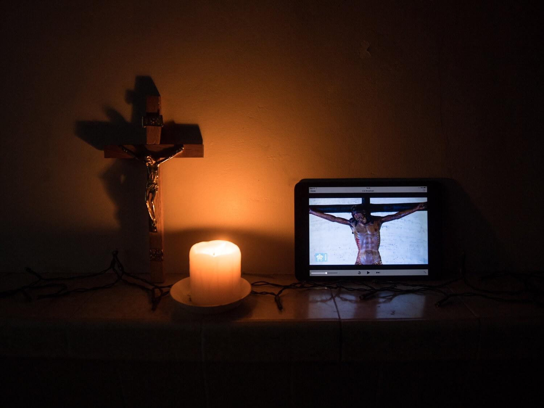 Domowa liturgia Wielkiego Tygodnia – zrób to (nawet) sam