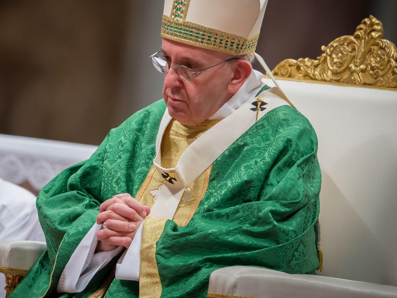 """Papież ostrzega: grozi nam """"wirusowe ludobójstwo"""""""
