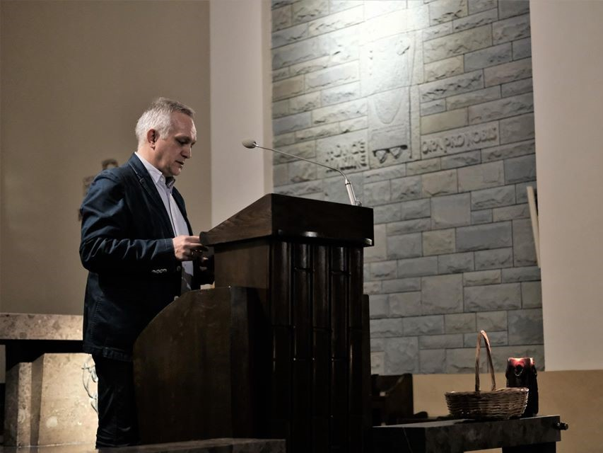 Nosowski: Będąc chrześcijaninem, nie można być po innej stronie niż po stronie pokrzywdzonych