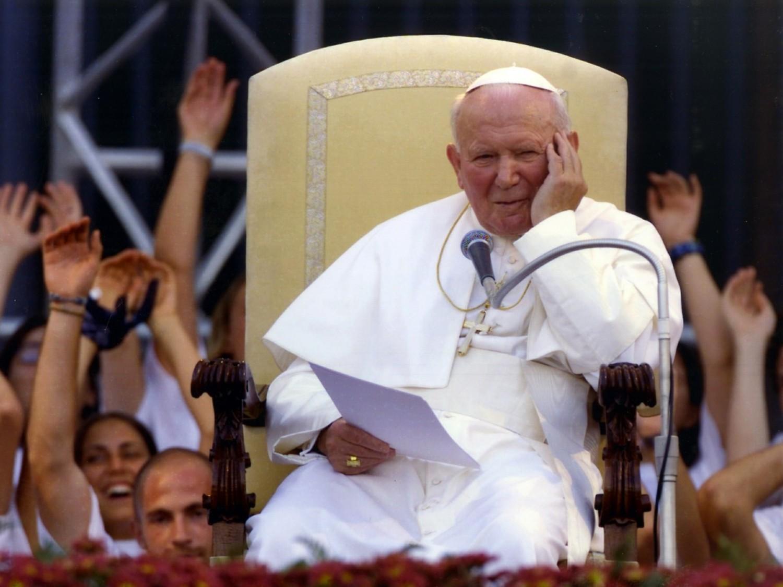 Wspólnota wiary to solidarność z cierpiącymi. Wracając do Jana Pawła II