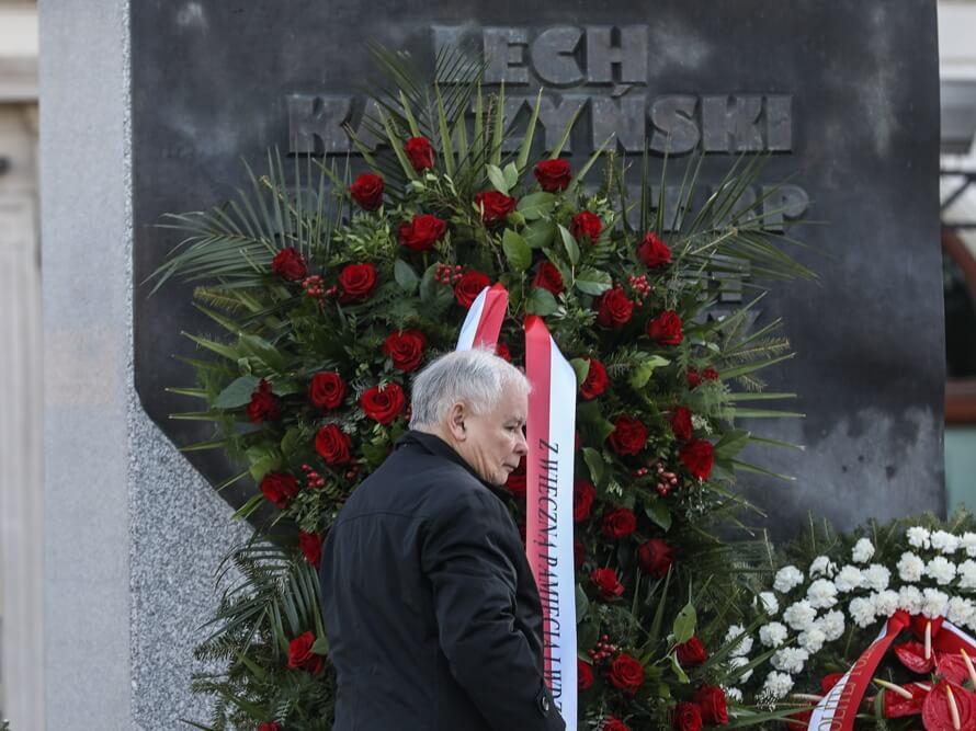 Jarosław Kaczyński podczas 10. rocznicy katastrofy smoleńskiej