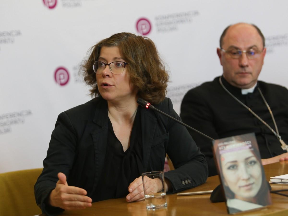 Marta Titaniec i abp Wojciech Polak